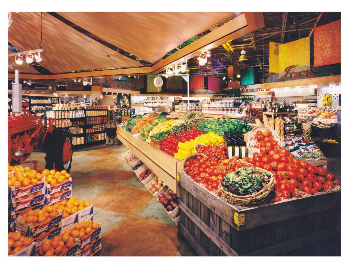 Photo of Sutton Place Gourmet Hayday Market Mclean Virginia produce department by Centre Street Creative