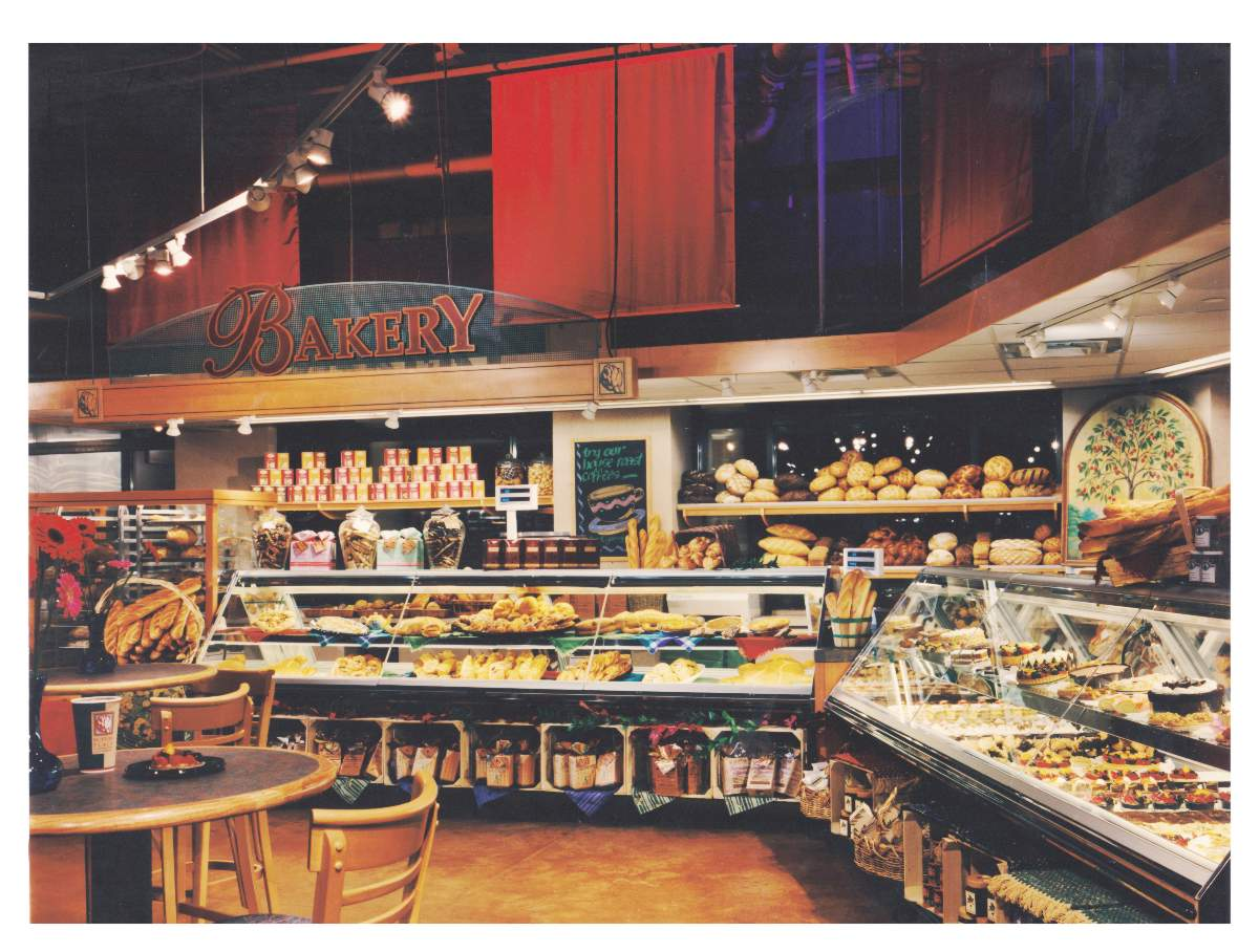 Photo of Sutton Place Gourmet Hayday Market Mclean Virginia bakery department by Centre Street Creative