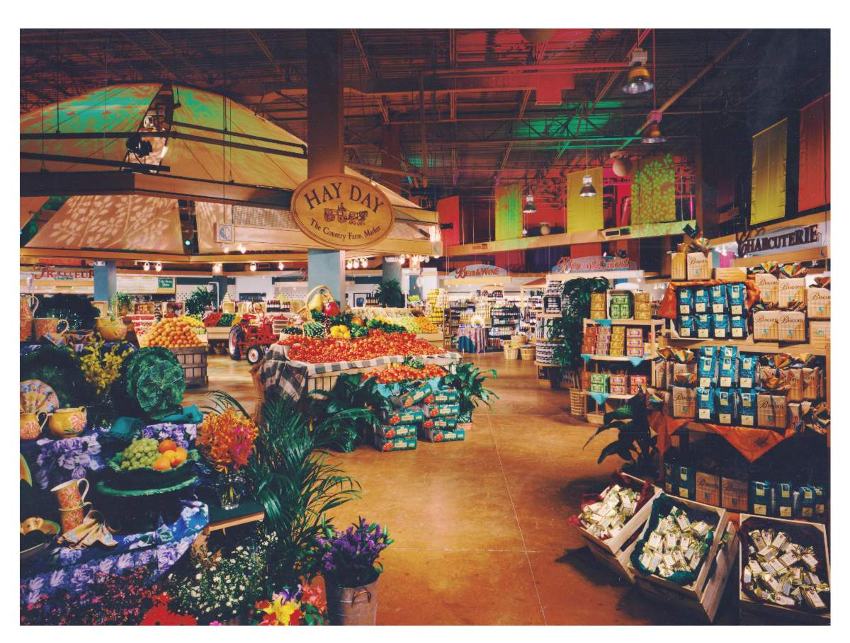 Photo of Sutton Place Gourmet Hayday Market Reston Virginia produce department by Centre Street Creative